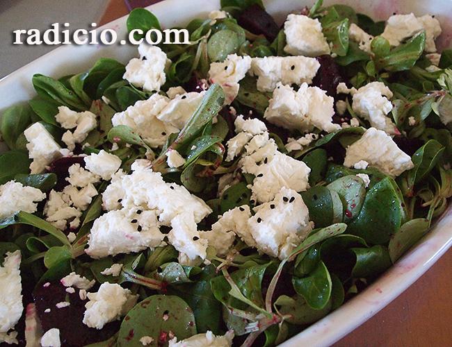 Σαλάτα με παντζάρια και φέτα
