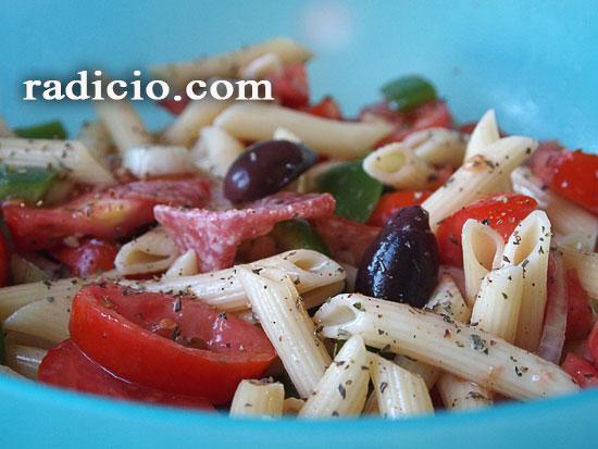 Σαλάτα ζυμαρικών καλοκαιρινή